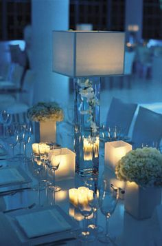Modern Wedding http://rhondapattonweddings.typepad.com